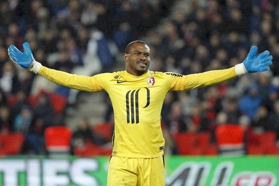 Enyeama bags coaching job in France