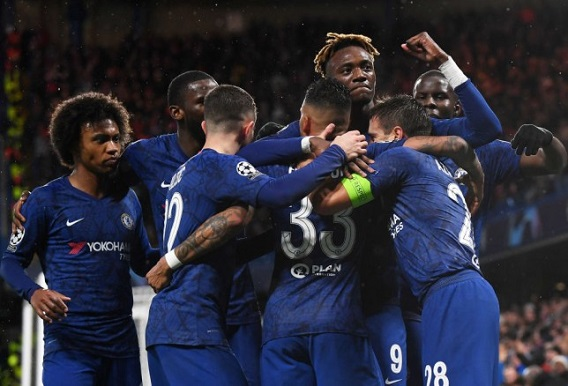 Chelsea survive late Lille scare to make Champions League last 16