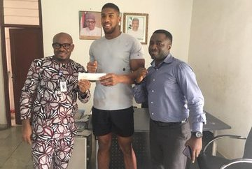 Anthony Joshua: Nigerians react as heavyweight champion registers for NIN, accuse NIMC of tardiness in ID roll-out