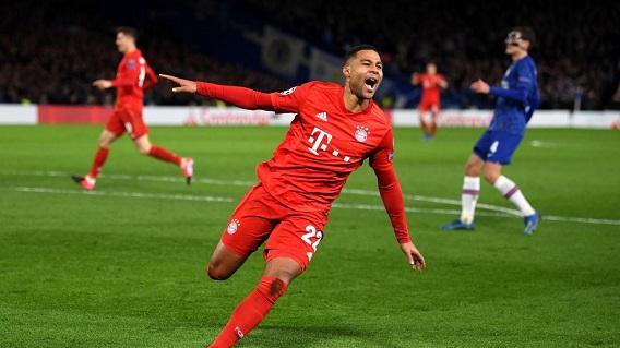 Bayern Munich outclasses 10-man Chelsea 3-0