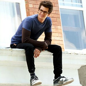 Modish Men: Peter Parker of The Amazing Spiderman  (3/4)