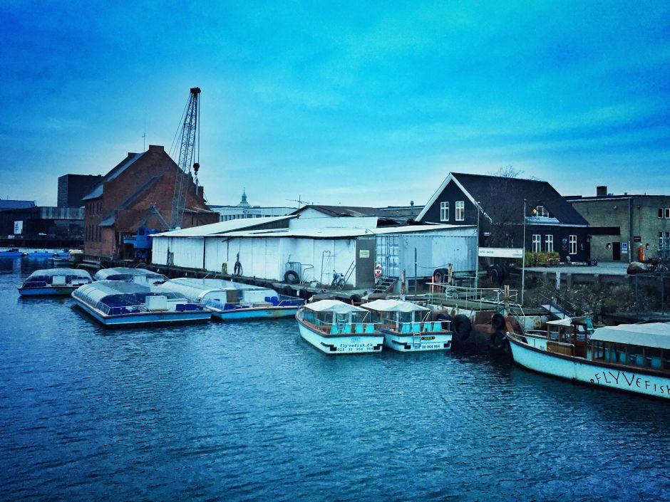 In Richtung Öresund geht es in Christianshavn ziemlich industriell zu.