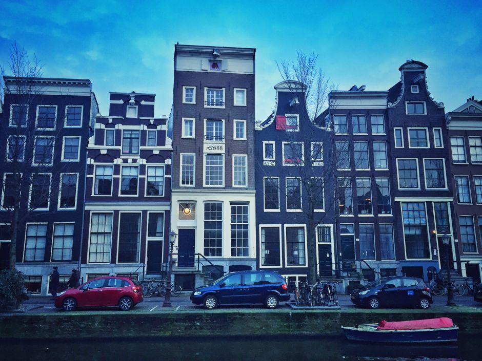 Amsterdam_Grachten am Abend_1 THING TO DO