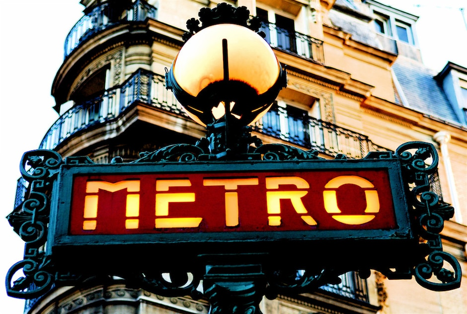 "Credits: Pedro Ribeiro Simões, ""Paris Old Metro Signboard"", Flickr"