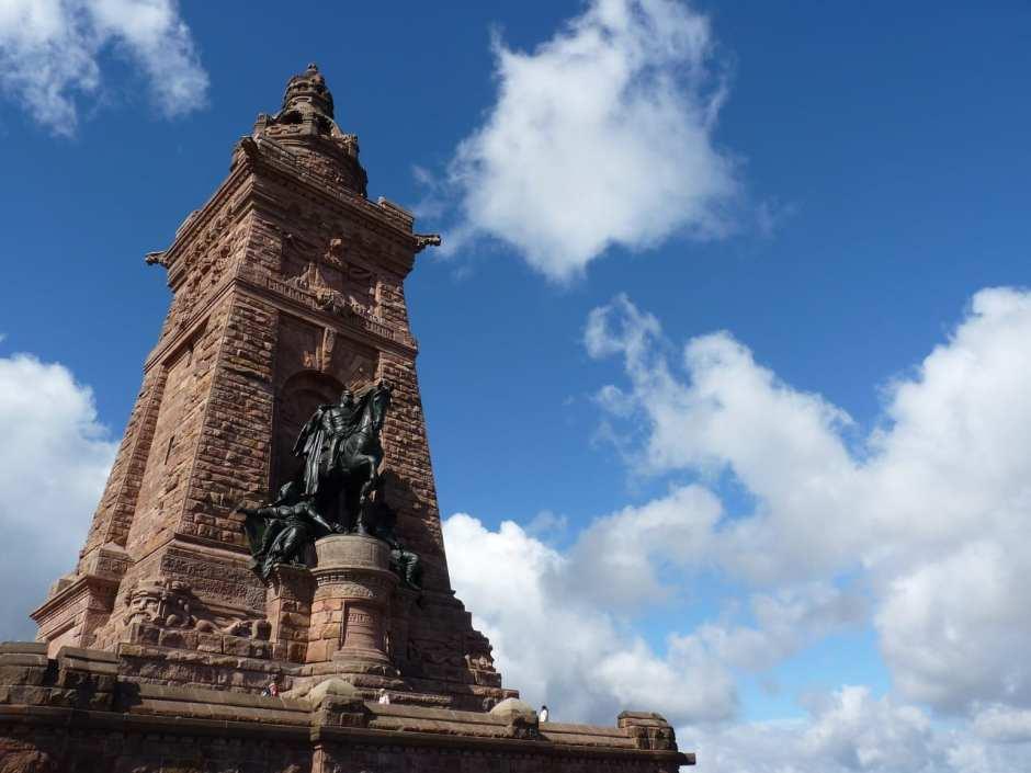 Das 81 Meter hohe Kyffhäuser-Denkmal ist das dritthöchste Denkmal Deutschlands.