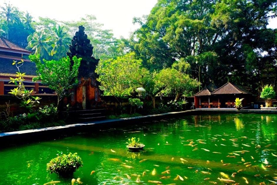 Tirta Empul Bali