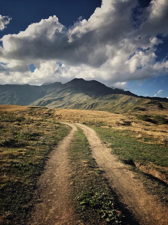 Wandern Mestia Koruldi-Seen
