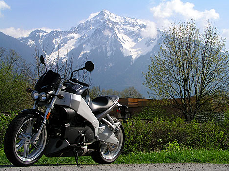 2004 Buell XB12S and XB9S - Thunder and Lightning