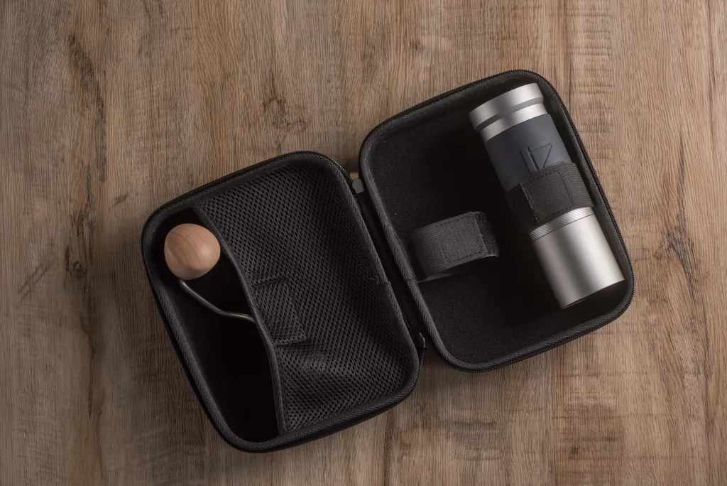 JX-Pro grinder with the Travel case