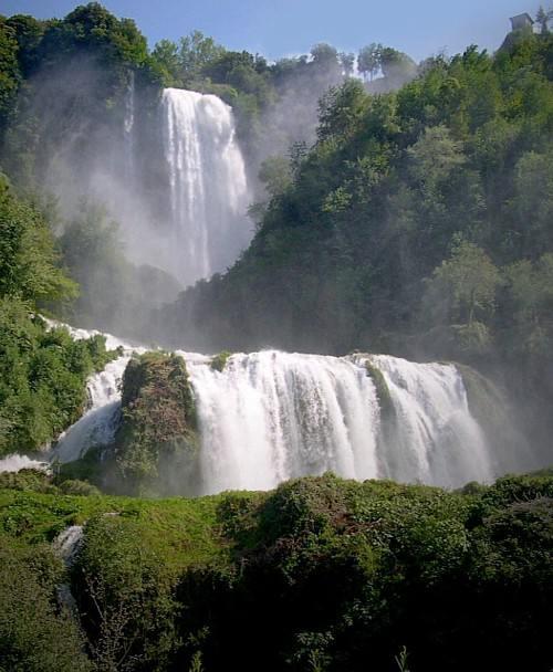 CASCADA DE MARMORE, EN ITALIA