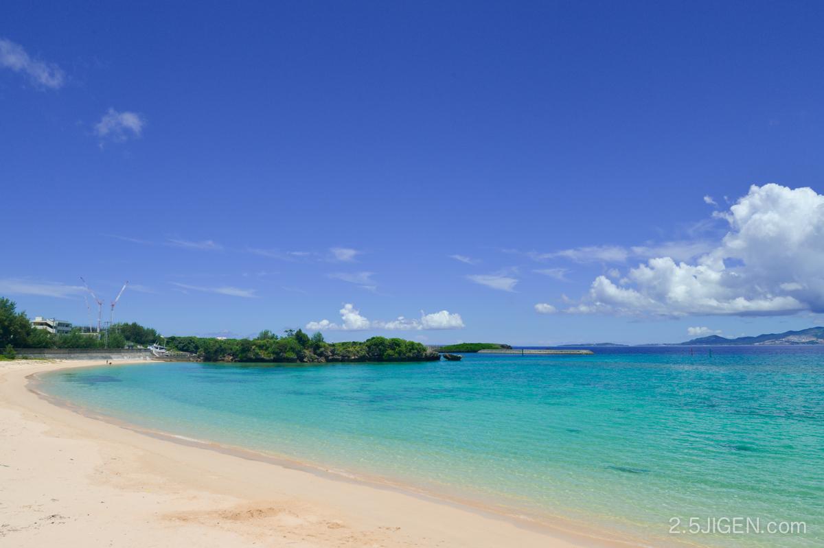 沖縄 恩納村瀬良垣のビーチ