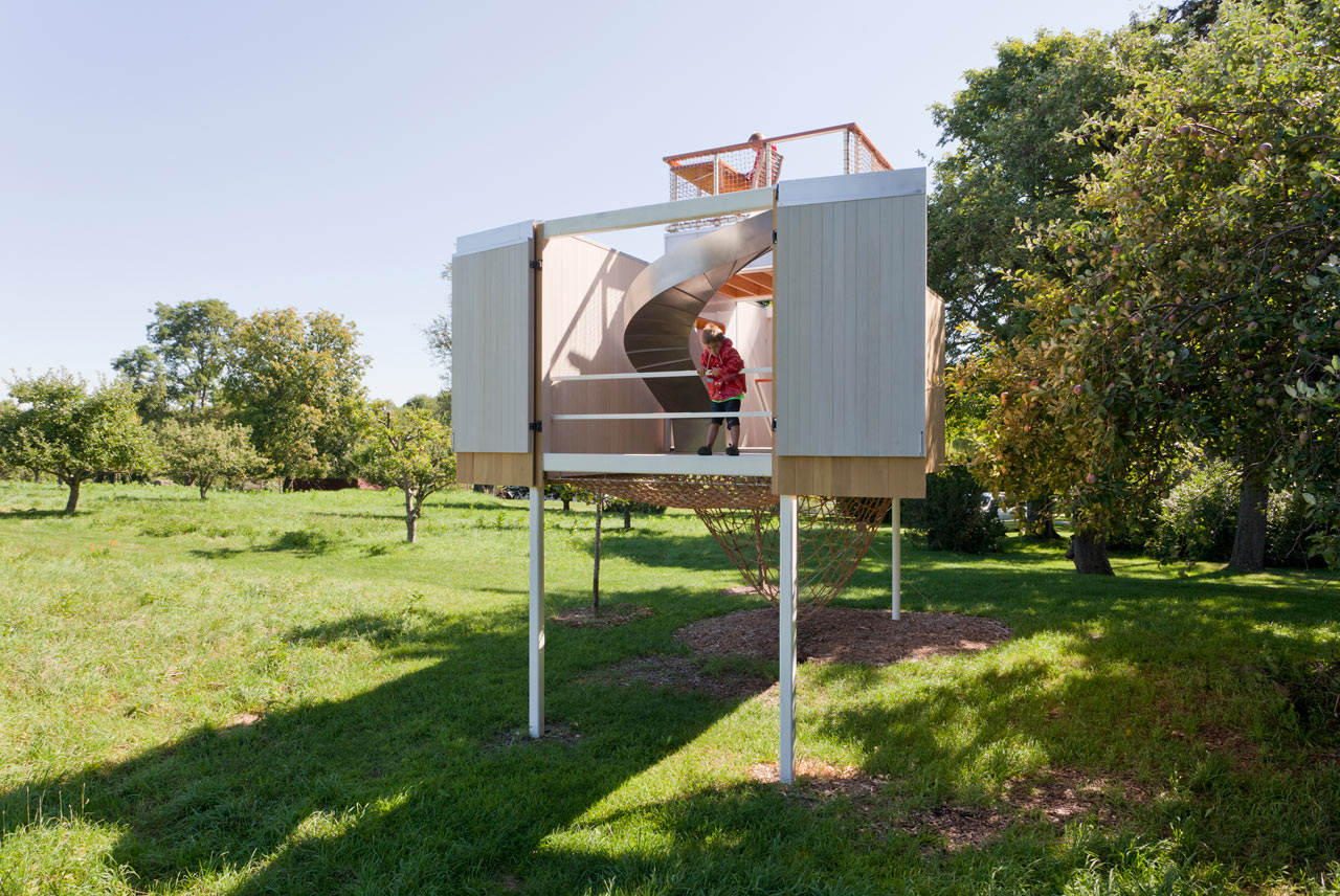 A Multipurpose Treehouse Your Kid Will Never Want to Leave