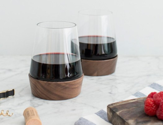 GiftGuide2015-NewHome-11-ZINFUL-WINE-CUP