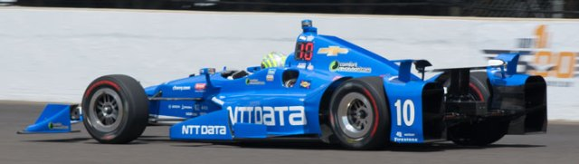 Tony Kanaan led final practice with a speed of 226.280 mph