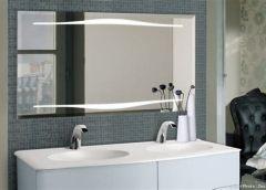Un miroir pour rénover votre salle de bain