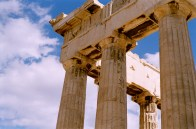 Token shot of the Parthenon. Photographing this structure in a way that isn't totally cliche is damn near impossible.