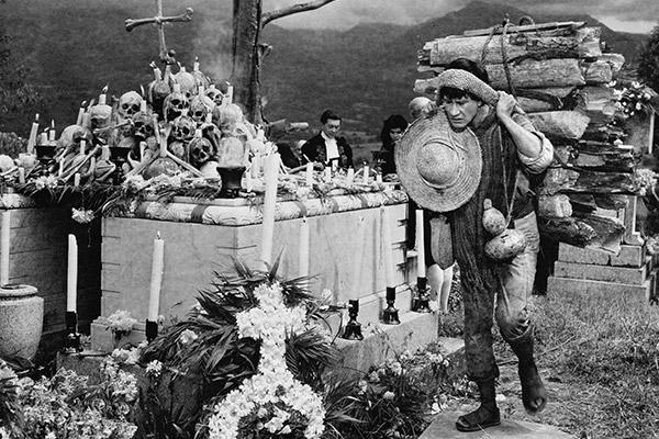 https://i2.wp.com/2015.festival-lumiere.org/media/festival-lumiere-2015/programmation/viva-mexico/macario-1960-04.jpg