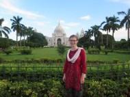 Jamie in front of the Victoria Memorial in Kolkata