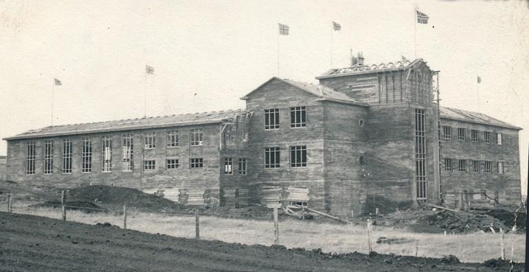 Gagnfræðaskólinn í Vestmannaeyjum fokheldur.