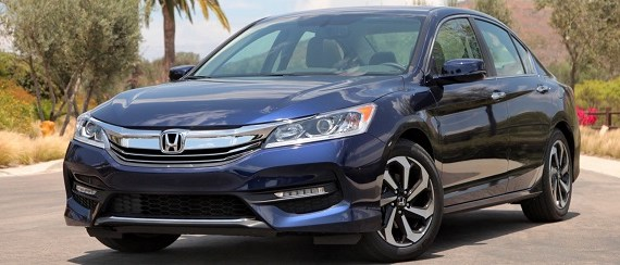 2017 Honda Accord front view 2
