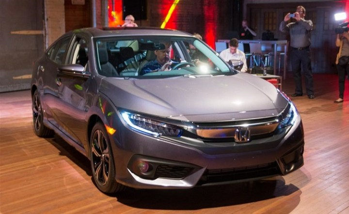 2017 Honda Civic Sedan front view