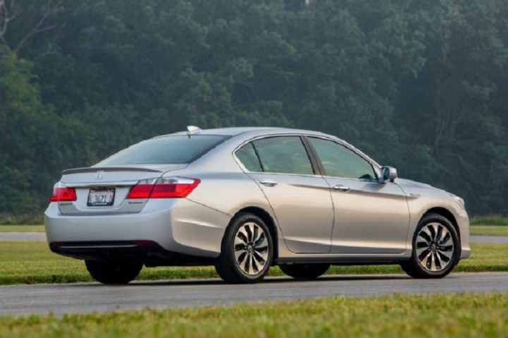 2017 Honda Accord Hybrid rear view