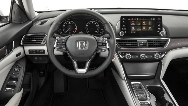 2020 Honda Accord interior