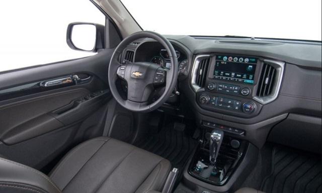 2018 Chevrolet S10 interior