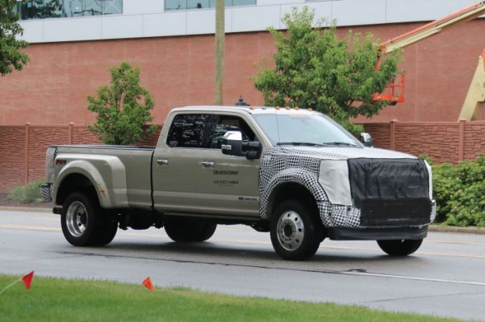 2019 Ford F-450 Platinum, Limited