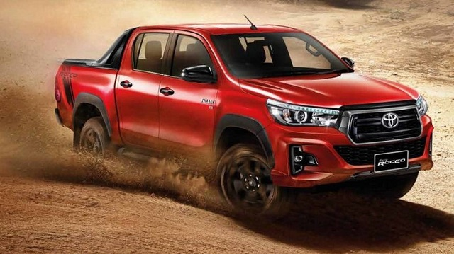 2019 Toyota Hilux side view