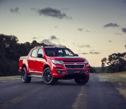 2019 Holden Colorado front