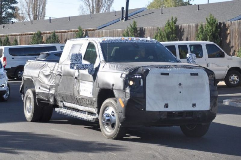 2020 GMC Sierra 3500 view