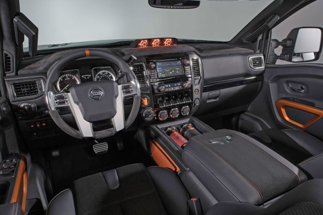2020 Nissan Titan Warrior interior