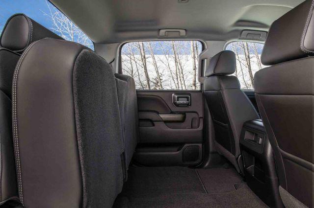 2020 GMC Sierra 2500HD Denali seats