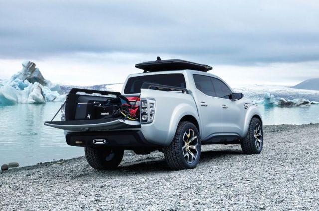 2020 Renault Alaskan rear
