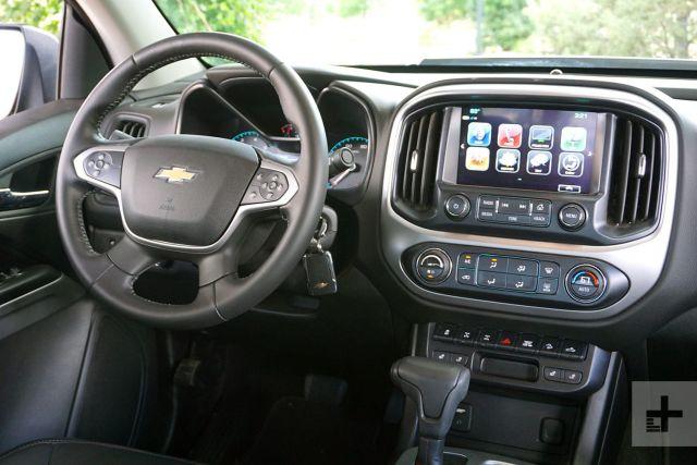 2020 Chevy Colorado ZR2 interior