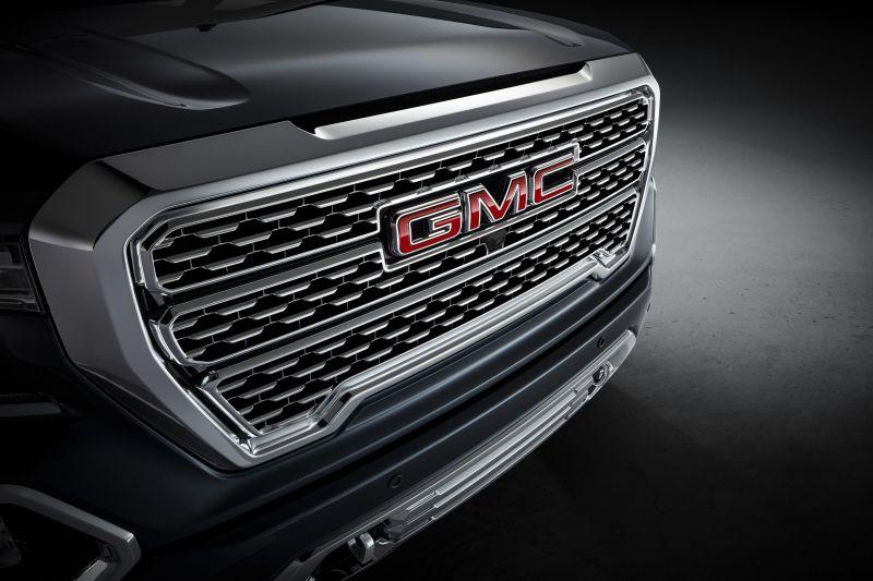 2021 gmc sierra  denali  changes  release date