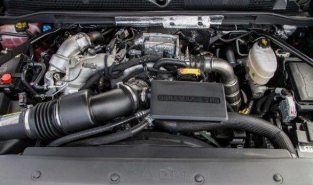 2020 GMC Sierra 1500 Denali engine