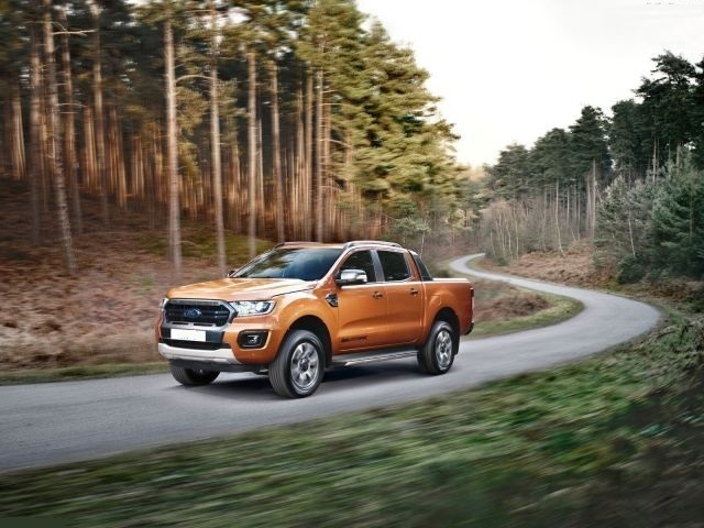2020 Ford Ranger Wildtrak side review