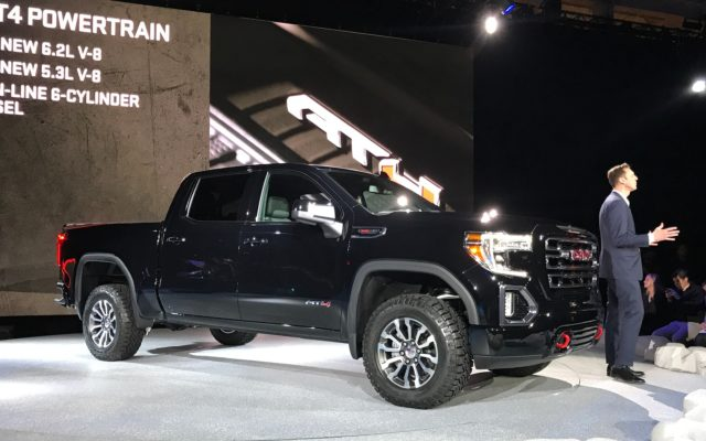 2020 GMC Canyon AT4 side