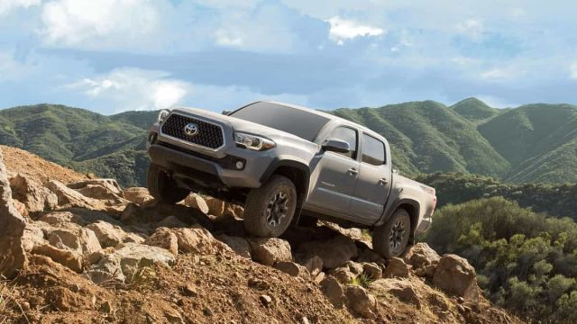 2020 Toyota Tacoma TRD Off Road side