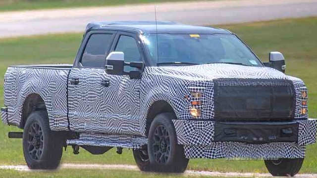 2022 Ford F-250 spy photos