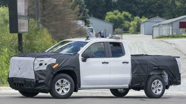 2022 Chevrolet Silverado HD spy shots