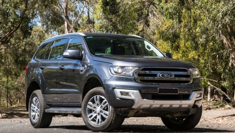2019-Ford-Everest-front.jpg