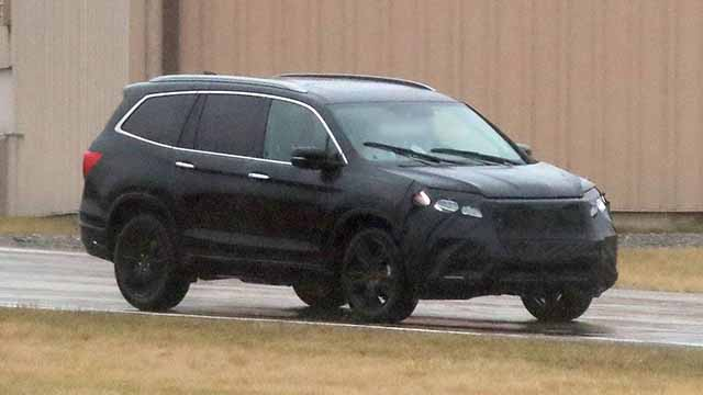 2019 Honda Passport spy shots