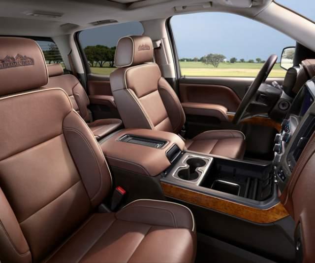2018 Chevy Silverado 2500HD interior