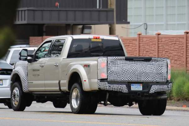 2019 Ford F-250 spy shot