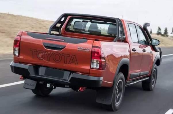 2018 Toyota HiLux Rugged X rear