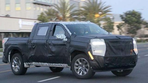 2019 Chevy Avalanche spied