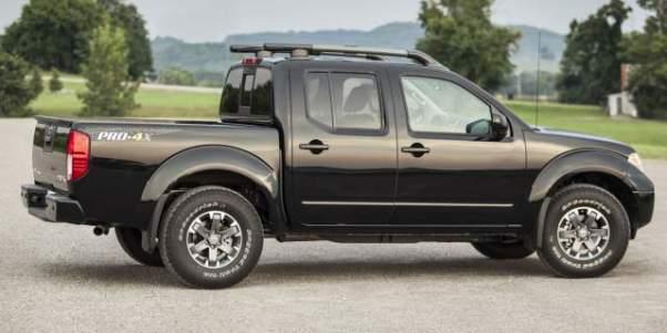 2019 Nissan Frontier Pro-4X side